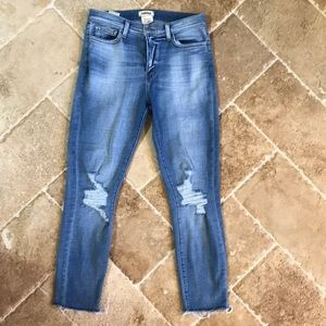 L'agence slim fit distressed knees super sexy 🦋🍀